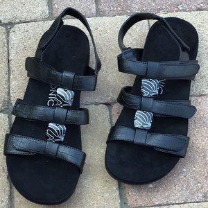 Vionic amber sandal